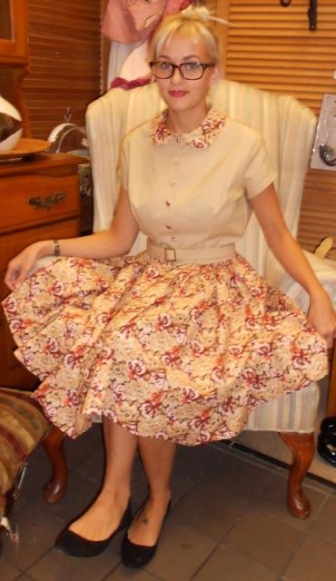 FFC Full Skirt View